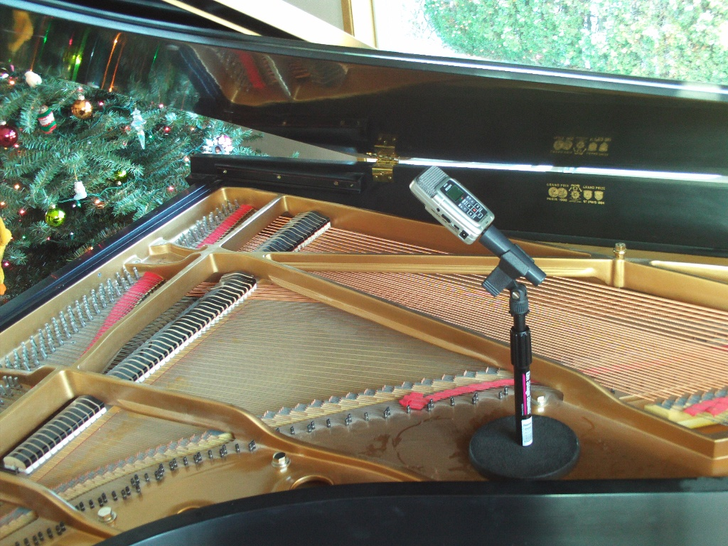 piano recording via Zoom H2