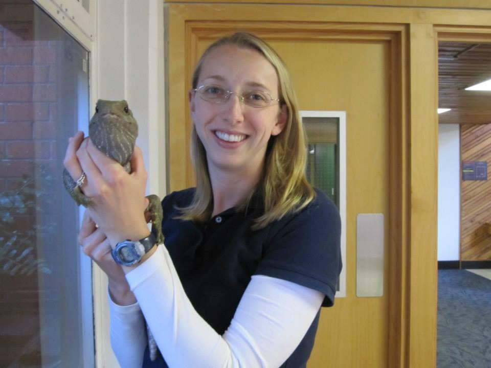 Kristine Grayson and a tuatara.