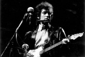 Bob Dylan goes electric at the Newport Folk Festival 1965